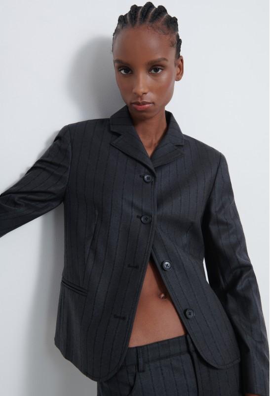 PIRAE Linen V Neck T-shirt
